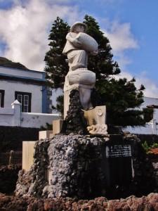 _Monumento al Botin del Vino - Andres Lemus