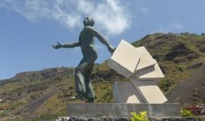 g_Monumento al Emigrante