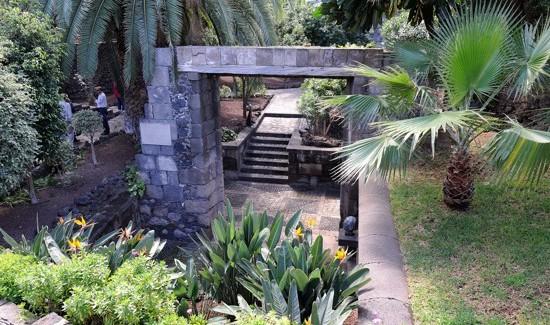 _Puerta de Tierra - Nicholas Kaye