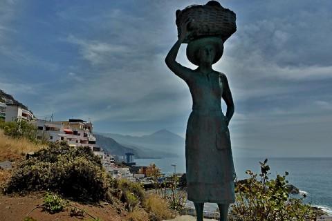 Estatua de la Pescadora – Tacoronte